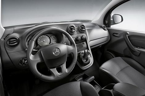Концерн Daimler разработал вместе с Renault-Nissan компактный фургон. Фото 3