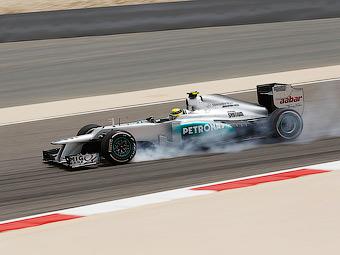 Нико Росберг опередил пилотов Red Bull в тренировке Гран-при Бахрейна