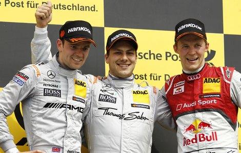 """Гэри Пэффетт и Джейми Грин принесли """"Мерседесу"""" дубль на первом этапе кузовного чемпионата DTM"""