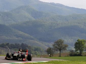 Грожан и Кобаяси показали одинаковое время на тестах Формулы-1