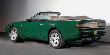За 14-летний автомобиль надеются выручить от 50 до 70 тысяч фунтов стерлингов. Фото 1