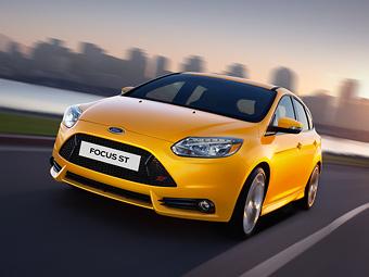 """Стали известны рублевые цены на """"заряженный"""" Ford Focus"""