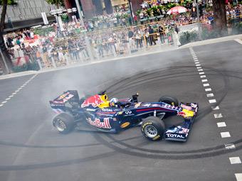 Команда Red Bull привезет в Киев болид Формулы-1