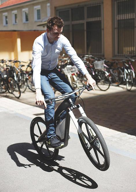 Велосипед может разгоняться до 80 километров в час. Фото 2