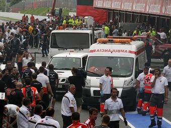 При пожаре в боксах после Гран-при Испании пострадали более 30 человек
