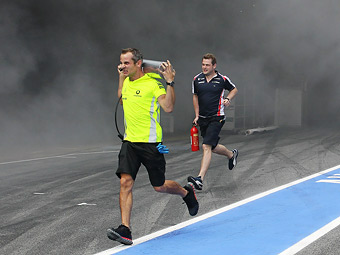 Пожарных на Гран-при Испании назвали некомпетентными