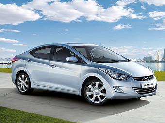 Седан Hyundai Elantra в России стал дороже