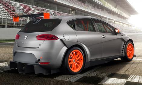 Автомобили имеют спортивную подвеску, салоны с каркасом безопасности и DSG. Фото 3