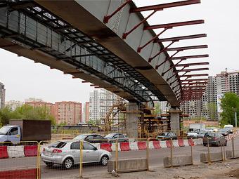 Под эстакадами в Москве построят 49 парковок