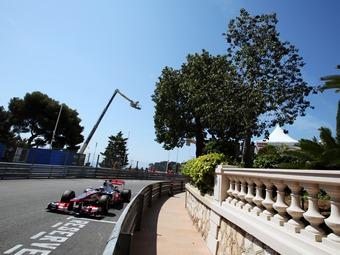 Баттон стал быстрейшим в свободных заездах Формулы-1
