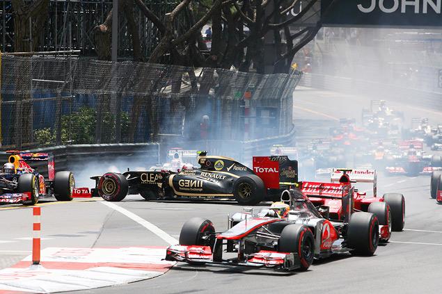 Очередь побеждать в Формуле-1 дошла до Марка Уэббера. Фото 1