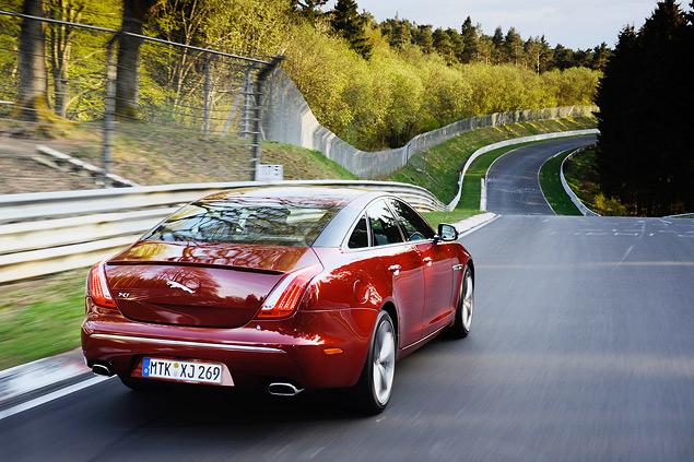 Выгуливаем Jaguar XJ Sport & Speed по Нюрбургрингу. Фото 6