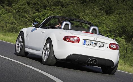 Построенный в единственном экземпляре компрессорный родстер Mazda MX-5 показали на автосалоне в Лейпциге