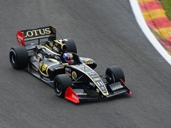 На гонке Формулы-Renault 3.5 пилот травмировал позвоночник