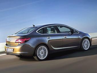 Появились первые подробности о седане Opel Astra