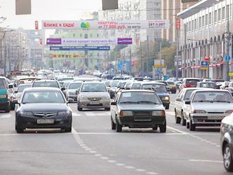 Иномаркам предсказали лидерство над отечественными машинами в России
