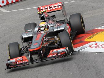 Хэмилтон стал лучшим в обеих частях свободных заездов Формулы-1