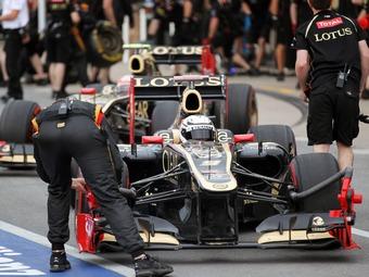 Жак Вильнев нашел причину поражений команды Lotus