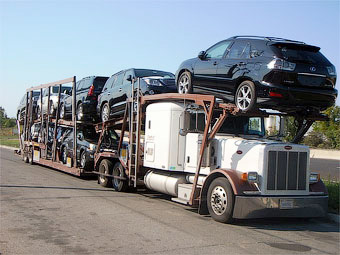Импортные автомобили подорожают осенью