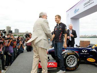 Себастьян Феттель опробовал будущую трассу Формулы-1 в Нью-Джерси