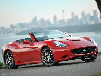 Появились подробности о новом поколении Ferrari California