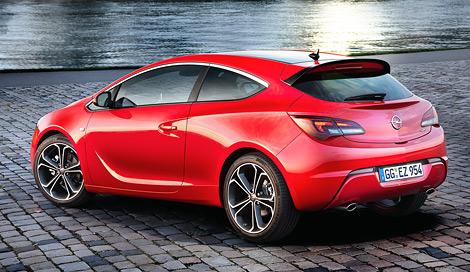 Модели чуть изменили дизайн кузова и добавили новый мотор