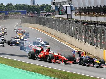 На трассе Формулы-1 в Бразилии перенесут боксы и стартовую прямую