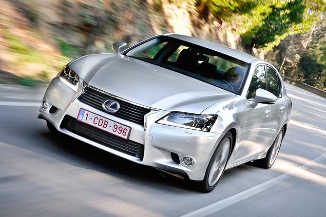Lexus представил новый GS 450h. Фото 1
