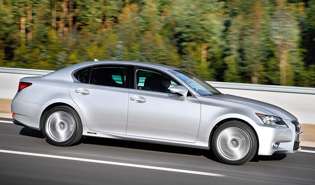 Lexus представил новый GS 450h. Фото 2