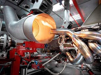 Звук новых двигателей Формулы-1 сравнили с ревом космических кораблей