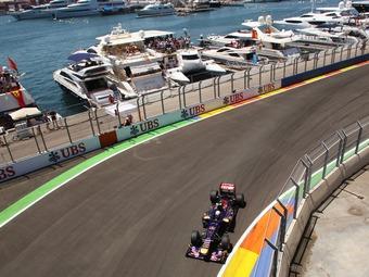 Верня и Кобаяси оштрафовали за столкновения на Гран-при Европы