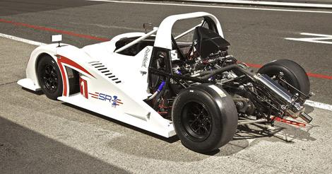 Британский производитель представил новую модель с мотором Suzuki. Фото 1