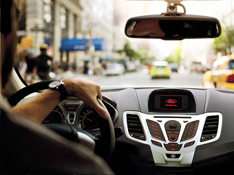 """Компания Ford разработала """"пробочный"""" автопилот"""
