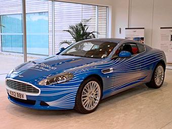 """Aston Martin показал разработанный пользователями """"Фейсбука"""" суперкар"""