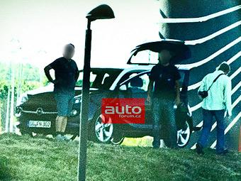 Фотошпионы засняли субкомпактный хэтчбек Opel