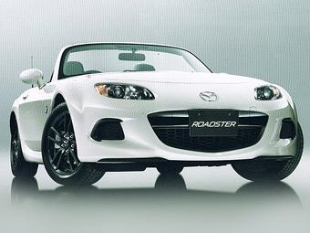 Появилось первое изображение обновленного родстера Mazda MX-5
