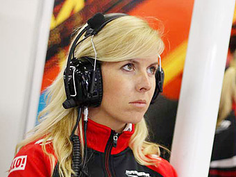 Травмированная гонщица команды Marussia пришла в сознание