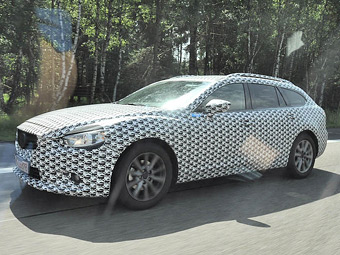 """Mazda вывела на дороги новую """"шестерку"""""""