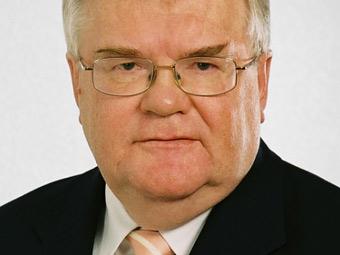У мэра Таллина отобрали права за превышение скорости