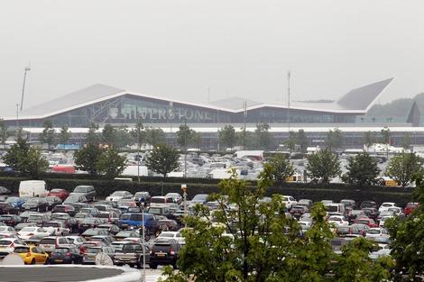 """Управляющий директор трассы """"Сильверстоун"""" призвал посетителей Гран-при Великобритании отказаться от машин"""