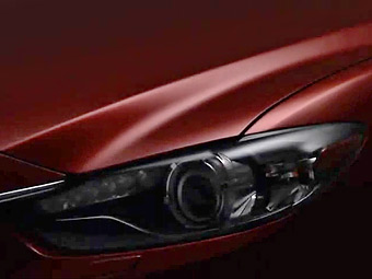 """Mazda показала первый тизер новой """"шестерки"""""""