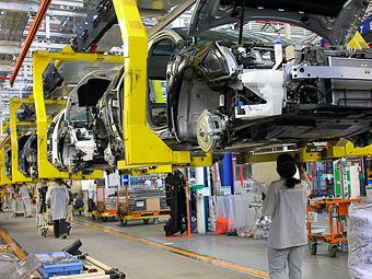 Peugeot и Citroen уволят 8 тысяч человек