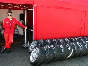 Работников команды Lukoil Racing не пустили в Бразилию