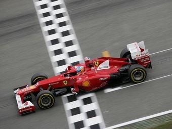 Фернандо Алонсо выиграл третью гонку Формулы-1 в сезоне