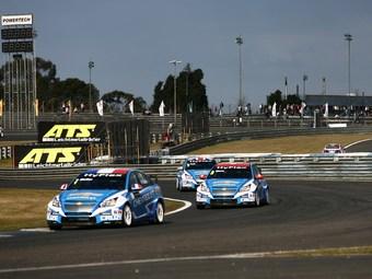 Команда Chevrolet выиграла этап WTCC в Бразилии
