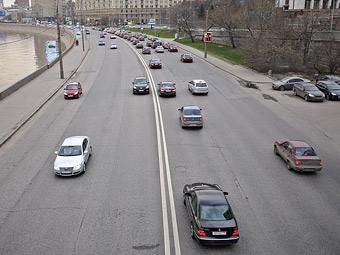Московские автомобилисты стали ездить медленнее