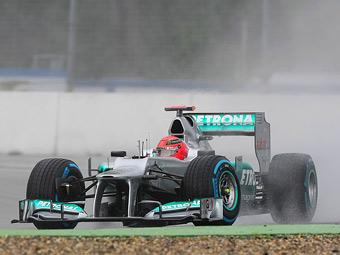 Шумахер разбил машину во второй части свободных заездов в Венгрии