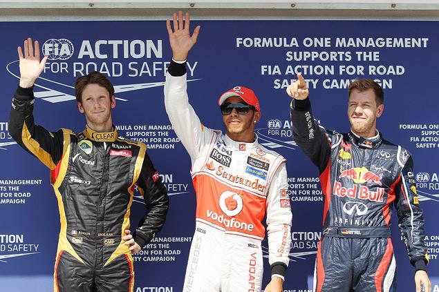 Формула-1 ушла на каникулы победой Льюиса Хэмилтона