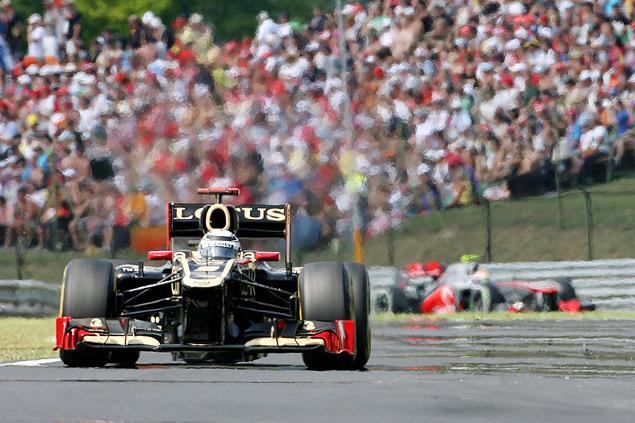 Формула-1 ушла на каникулы победой Льюиса Хэмилтона. Фото 3