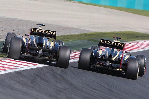 Формула-1 ушла на каникулы победой Льюиса Хэмилтона. Фото 6
